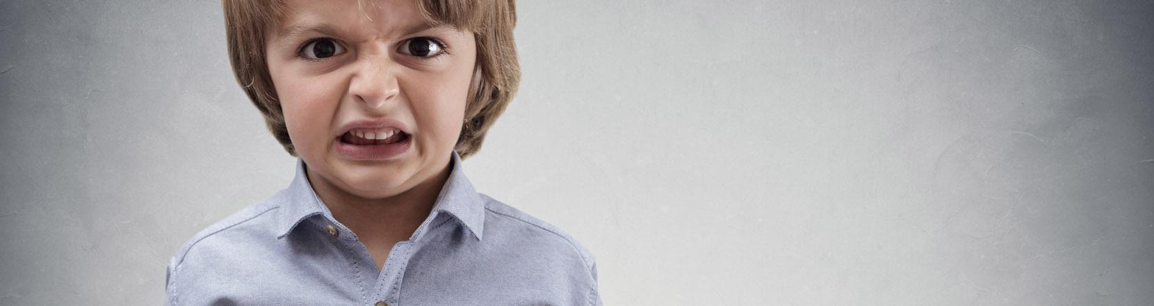 gestire capricci dei bambini: Bambino arrabbiato